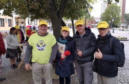 Battery plant opponents in Brest begin election pickets
