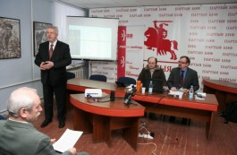 Milinkievič: 2006 was a time of the Belarusian democratic romanticism