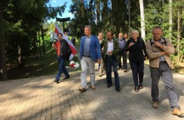 A national visit to Katyn